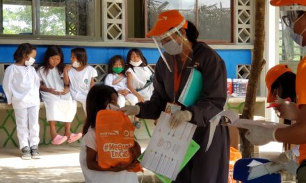 World Vision entrega 3 mil herramientas educativas en La Guajira