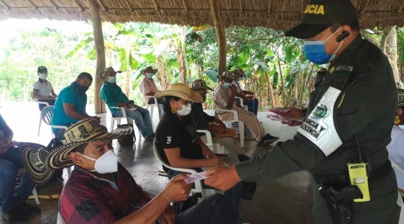 Capitanes indígenas son capacitados en prevención de siberacoso por parte de la Policía