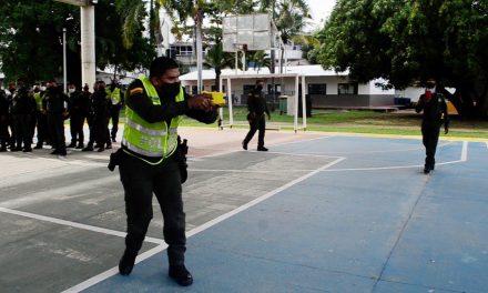 Policías de Cartagena comenzar a usar pistolas táser