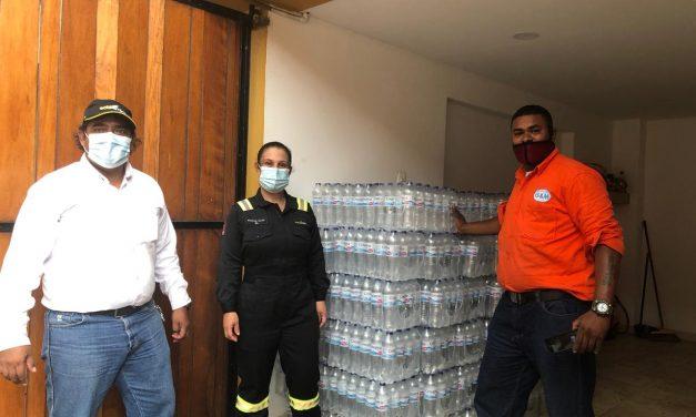 Refinería de Cartagena entrega ayudas en barrios afectados por la tormenta
