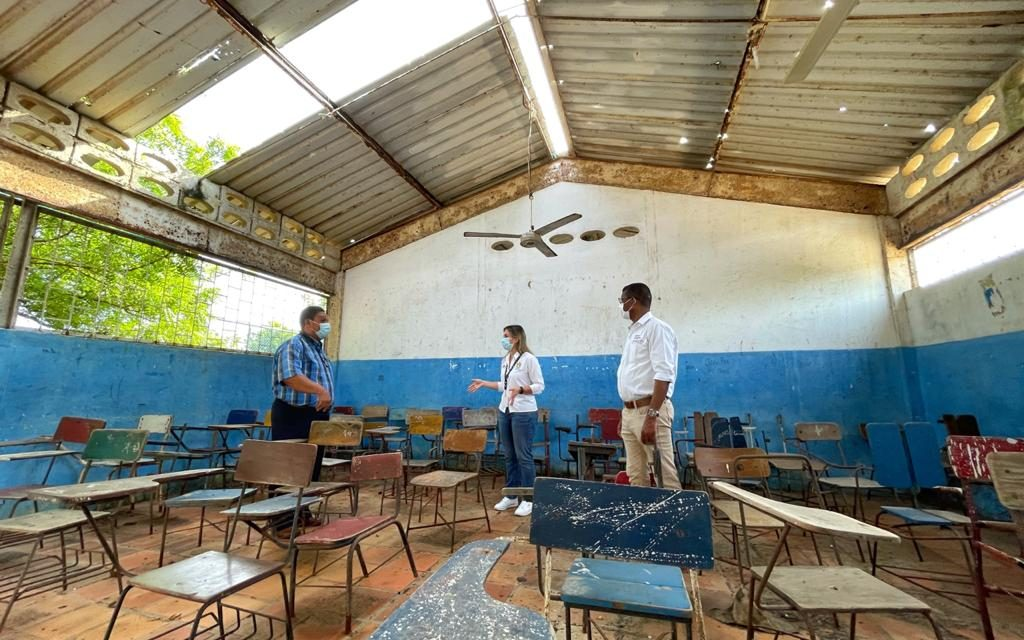 Continúa inspección de Instituciones Educativas tras el paso de la tormenta IOTA