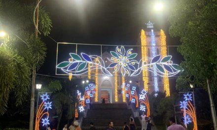 Se enciende alumbrado navideño en San Juan De Nepomuceno