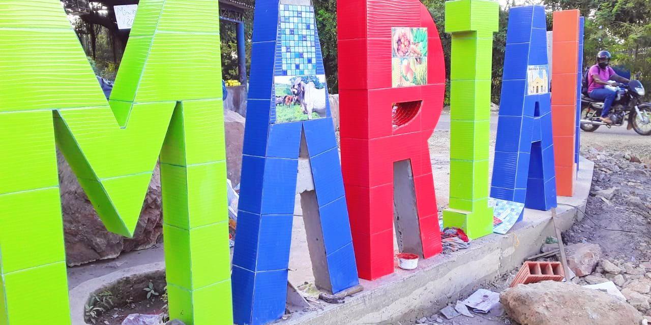 Alcaldesa de María la Baja rechaza señalamientos de la comunidad por retrasos en la construcción de las letras como atractivo turístico municipal