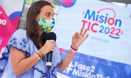 'Misión TIC 2022', programa que busca formar a 100.000 jóvenes en lenguaje de programación