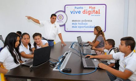 Ministerio TIC, 'Computadores para Educar' y el British Council, capacitaron de manera virtual a 100 docentes de Bolívar en lenguajes de programación digital