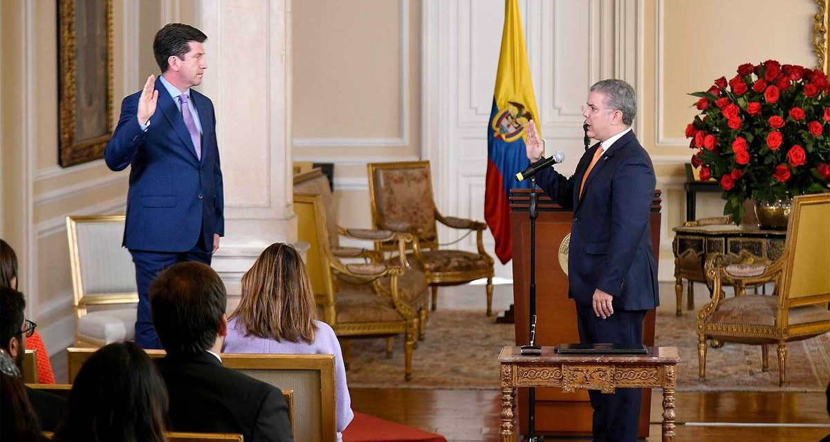Diego Molano es designado como nuevo Ministro de Defensa