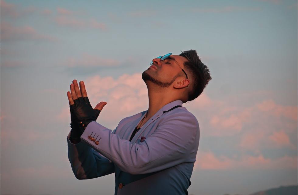 Lessing Kérguelen lanza su sencillo 'Solo para ti'