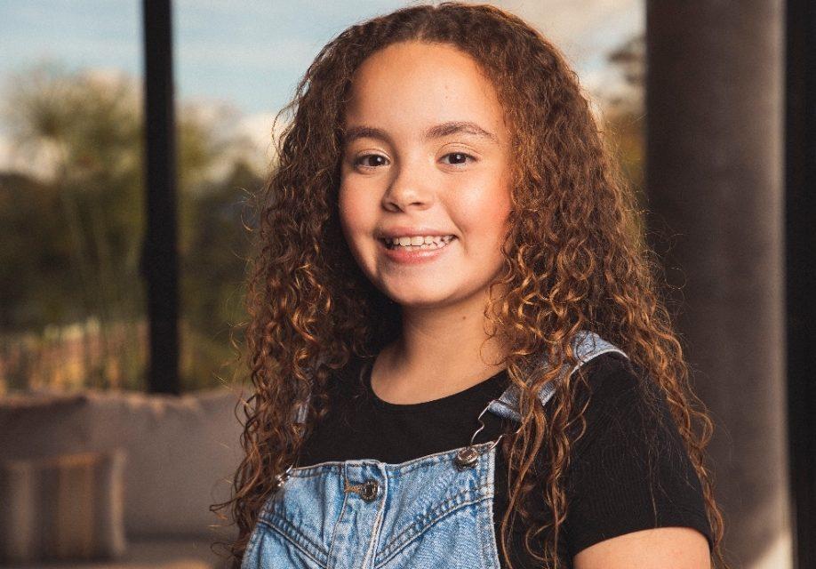 Sara Peláez, Hija del Cantautor Pipe Peláez, incursiona en la música