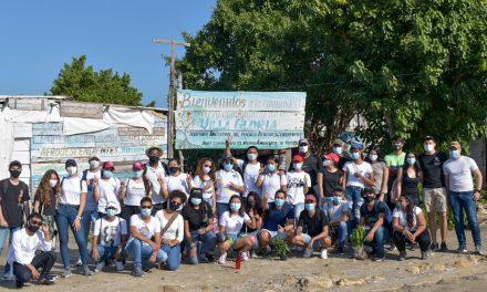 Jóvenes de la Universidad de Cartagena le apuestan a los jardines productivos