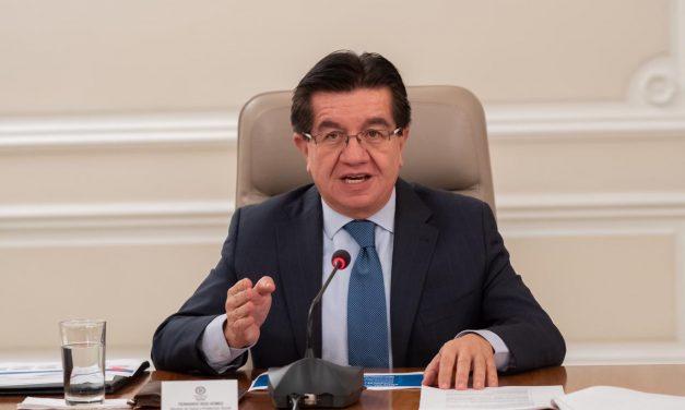 Ministro de Salud habla acerca de la red de vacunación