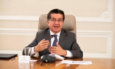 Ministro de Salud agradeció al Gobierno Nacional por cumplir el objetivo de traer las vacunas al país
