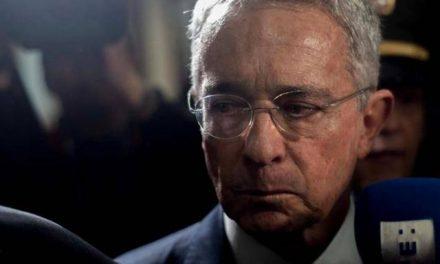 Fiscalía pide preclusión para el expresidente Uribe