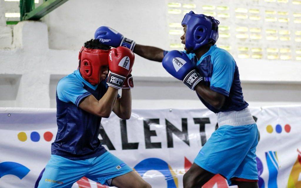 El programa 'Talentos Colombia' recorrerá el país para entregar 20 rines de boxeo