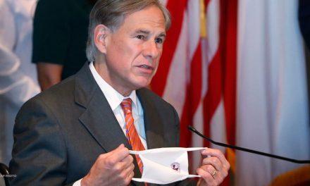 Gobernador de Texas suspende uso obligatorio de tapabocas