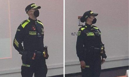 Plan piloto para cambio de uniforme de policía