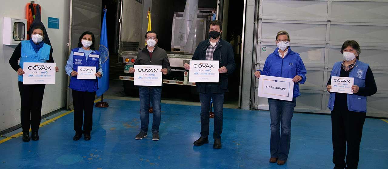 912 mil vacunas de AstraZeneca llegaron a Colombia para seguir la lucha contra la Covid-19