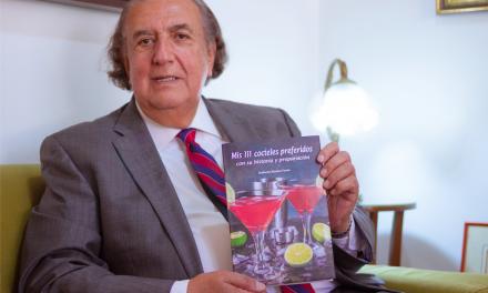 Guillermo Montero presenta su libro de coctelería con recetas fáciles y mágicas