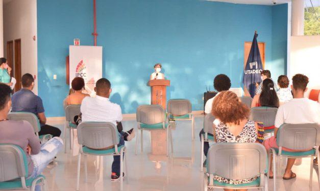 IPCC entrega certificación de diplomado a 43 gestores y artistas cartageneros