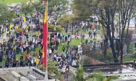 Las instalaciones de RCN sufrieron daños por parte de manifestantes en Bogotá