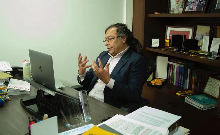 Petro ganaría la presidencia según encuesta Invamer