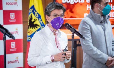 Alcaldesa de Bogotá pide a los manifestantes que se practiquen la prueba de covid-19