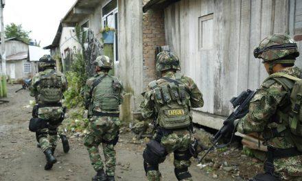 Fiscalía imputó al coronel que usaba tropas con fines de corrupción
