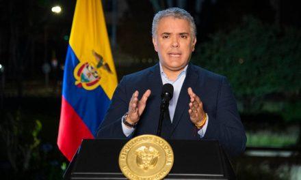 Presidente Iván Duque sigue con baja aprobación, según Invamer