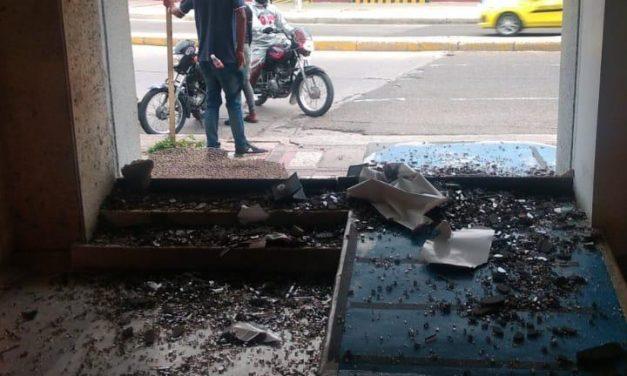 Policía adelanta investigación para identificar a quienes generaron daños contra estructuras en el Centro de Cartagena
