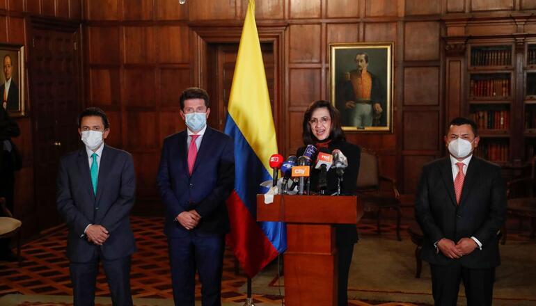 Colombia expulsa del país a diplomático cubano