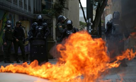 Human Rights Watch pide reforma policial por Abuso policial inminente