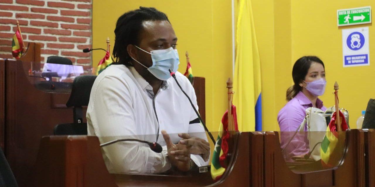 """""""Nos estamos moviendo bajo las metas del Plan de Desarrollo Salvemos Juntos a Cartagena"""": Secretario de Participación"""