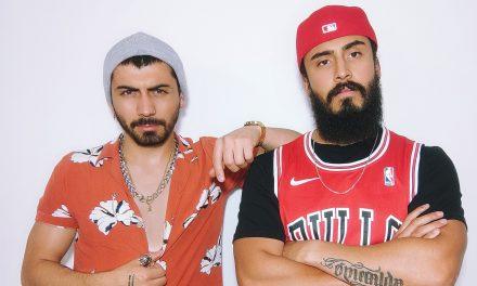 """El dúo bogotano Zentinelas sacan a """"A Flote"""" su gusto por el Tropipop"""