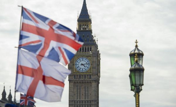 El uso del tapabocas y el distanciamiento físico dejarán de ser una obligación en Inglaterra