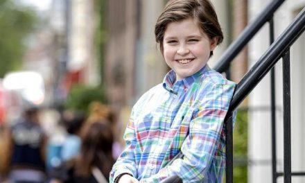 Niño prodigio de 11 años se graduó como físico en 9 meses
