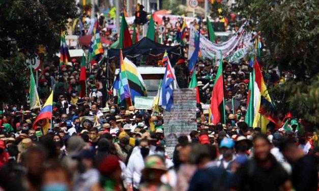 ¡Minga indígena llega a Barranquilla con una movilización multicultural!