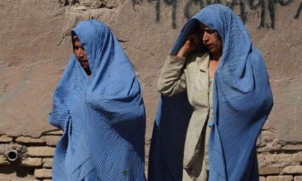 Las prohibiciones que los talibanes podrían ponerle a las mujeres afganas