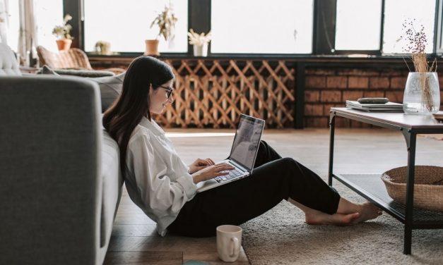 Estadounidenses prefieren trabajar en casa y ganar menos