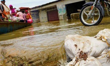 Emergencias en más de 50 barrios en Santa Marta por fuertes lluvias