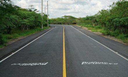 Gobernador de Bolívar entrega rehabilitada Vía a Manzanillo del Mar