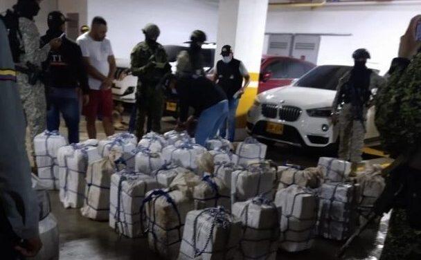 Decomisan más de media tonelada de cocaína en lujoso edificio de Puerto Colombia