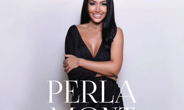 Perla Mont estrena su libro 'Menos Rota'