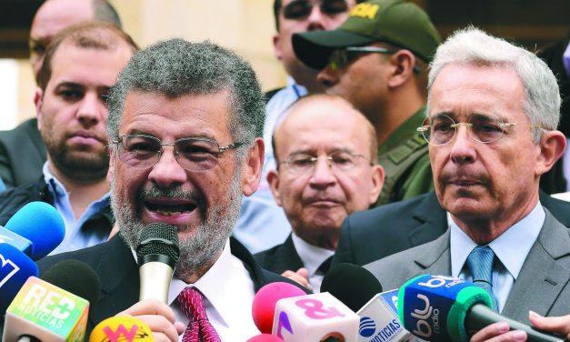 Abogado de Uribe solicitó reducir a solo una persona la representación de víctimas