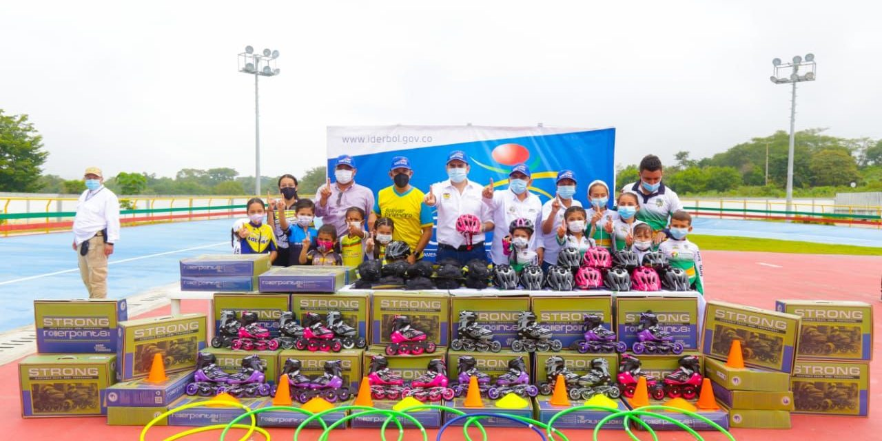 Con festival de Patinaje y entrega de Kit a niños, Gobernación de Bolívar e Iderbol, llegaron a Simití.
