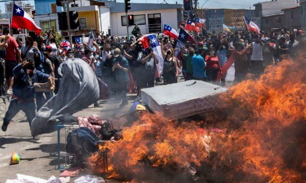 Marcha antimigrante en Chile